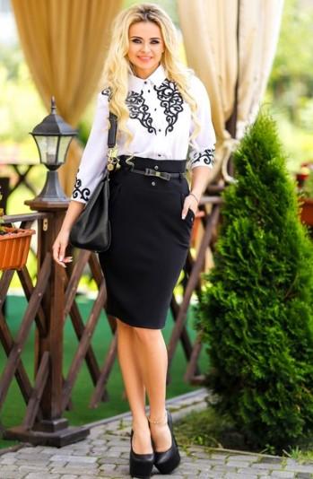 Сочетание юбки и блузы