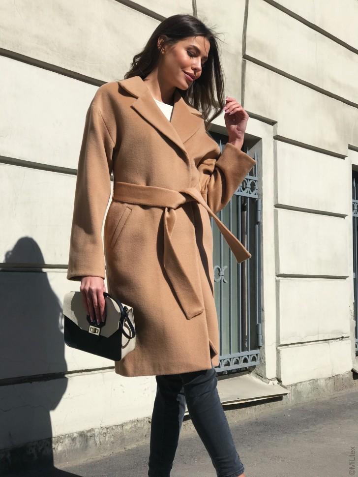 Как одеваться зимой, чтобы выглядеть стройнее