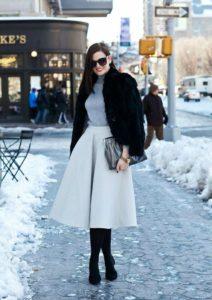 orig 1 212x300 - Готовимся к зиме: как одеться стильно и практично