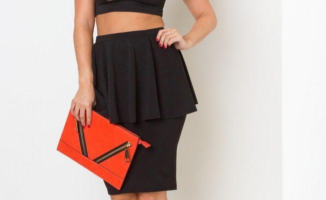 India Reynolds Feet 2015510 650x400 - Модные тенденции: юбки на 2019 год