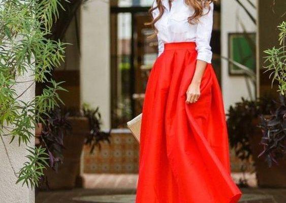 b91f4c8d38d1c1223b951de42ad2242b 2 1 563x400 - С чем носить длинную юбку: что советует стилист