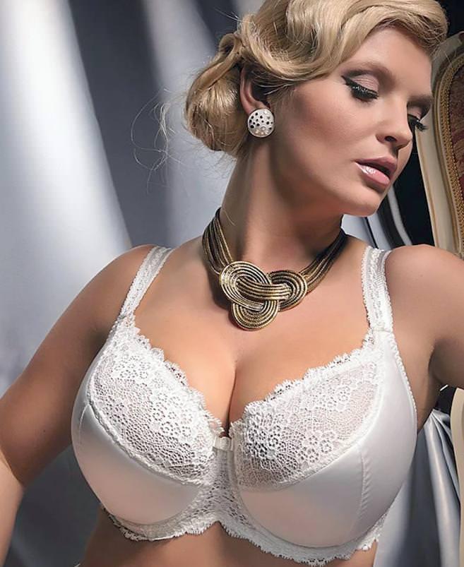 Как выбрать бюстгальтер женщине с большой грудью