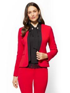 02219894 105 av1 225x300 - Как носить блузку после 40: 5 блузок, в которых вы будете выглядеть моложе