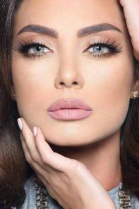 3c7c76b3ba148b37ea14fa43e0deb068 200x300 - 7 секретов макияжа, которые пригодятся зрелой женщине