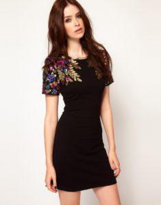 741400 235x300 - Модный тренд-цветочная вышивка. Составляем стильные образы.