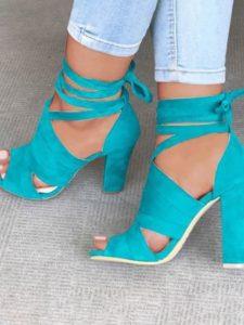74c9b11eae85a39560d60fc342403c1e 225x300 - Модная обувь на весну -лето 2019. Какую обувь нам предлагают дизайнеры