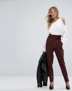 7624e4ae1531a1d09fde8a2eaf45d19a 235x300 - Замена джинсам: брюки, которые станут № 1 в 2019 году