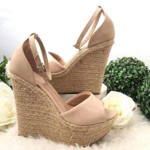 7c626850824e06483d43da222ff6a77d 300x300 - Модная обувь на весну -лето 2019. Какую обувь нам предлагают дизайнеры