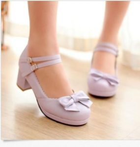 be222871b3d7b4f07ac6df47e47977e4 1 285x300 - Модная обувь на весну -лето 2019. Какую обувь нам предлагают дизайнеры