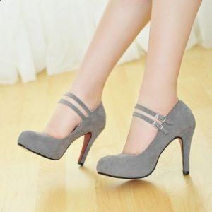 ed5b22f020ffec3c9b6d842a71829f36 300x300 - Модная обувь на весну -лето 2019. Какую обувь нам предлагают дизайнеры