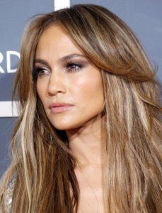 fbd71e83e4f596db5bfe2b134f091352 j lo hair jennifer lopez hair color 229x300 - Цвет волос, который выглядит дорого, и как его добиться