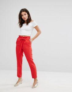 image1xxl 1 235x300 - Замена джинсам: брюки, которые станут № 1 в 2019 году