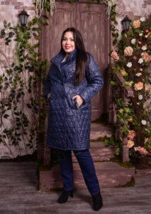 018 213x300 - Выбираем пальто для полных женщин. 5 советов дизайнера