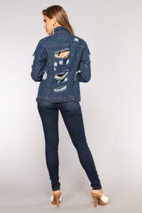 04 02 18 Studio 290105 MediumBlueWash0011.jpg.bc36f2b1255518e2cd31e0e67184da7d 200x300 - Модный деним. Чем пополнить джинсовый гардероб в 2019 году