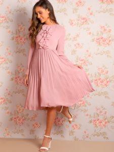 1770 2 225x300 - 2 платья, которые будут в тренде этой весной