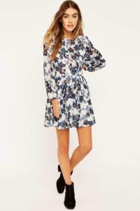 3cccbd453667318 200x300 - 2 платья, которые будут в тренде этой весной