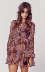 92350c8906b14d16cc53fe57f2415ec6 190x300 - 2 платья, которые будут в тренде этой весной