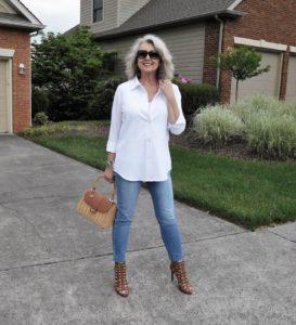 DSCN2359 273x300 - Как женщине 50+ правильно подобрать джинсы: 3 важных нюанса