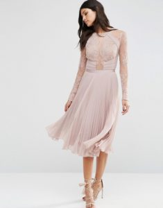 asos original 832765 235x300 - 2 платья, которые будут в тренде этой весной