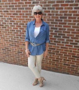 original 1 265x300 - Как женщине 50+ правильно подобрать джинсы: 3 важных нюанса