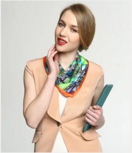 silk scarf small square 1021132151 6 260x300 - 6 способов добавить ярких красок в свой рабочий гардероб