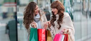 women shopping slide 300x136 - Как обновить гардероб, не переплачивая при этом! 8 советов от стилистов