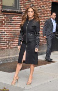 Jennifer Lopez Feet 1427413 1 191x300 - Быть стильной после 40 лет