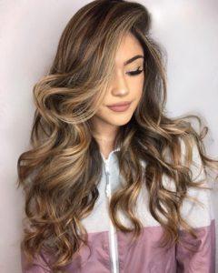 s1200 5 240x300 - Модные окрашивания волос 2019