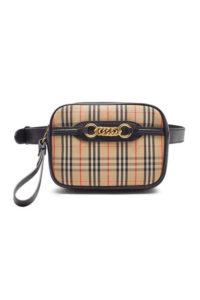 burberry 200x300 - Топ-5 модных сумок на весну-лето