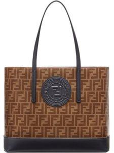 fendi 225x300 - Топ-5 модных сумок на весну-лето