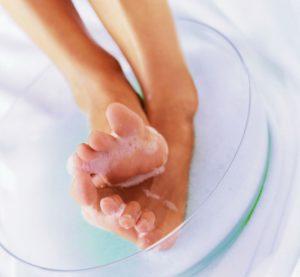 184 1 300x277 - А ваши ножки готовы к ношению открытой обуви? После 5 процедур, вы получите потрясающий эффект!