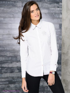 8306 8247 2 225x300 - ТОП-5 белых рубашек: тренд на все времена